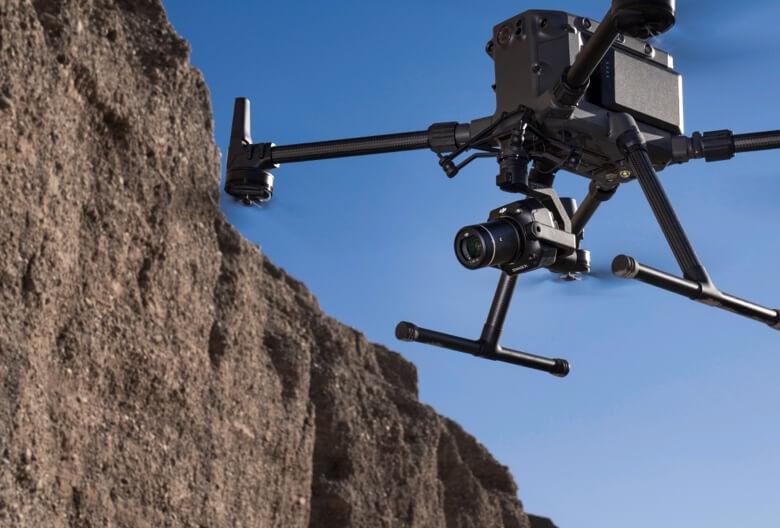 Matrice 300 RTK su DJI specializuota kamera