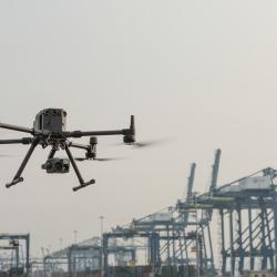 DJI Matrice 300 RTK dronas