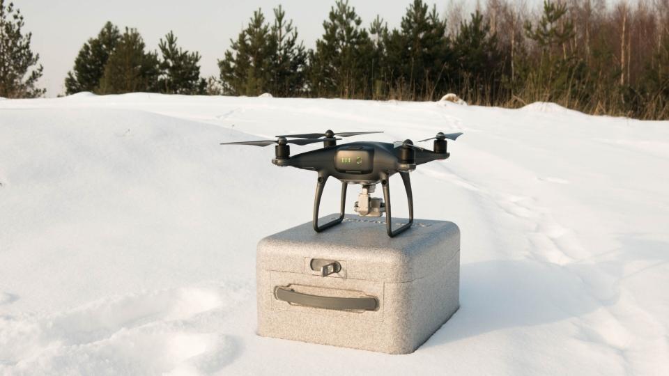 DJI Phantom 4 Pro dronas